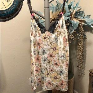 Victoria's Secret chemise Size Large